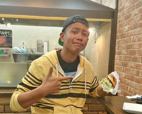 ハンバーガー つくねドッグ